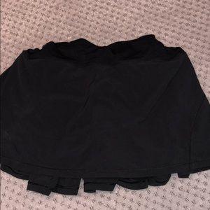 Lululemon, Black skirt, Size 10